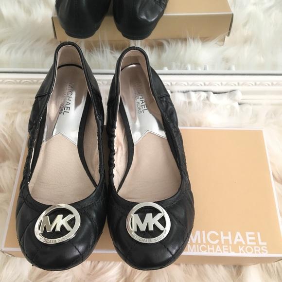 Michael Kors | Black flats